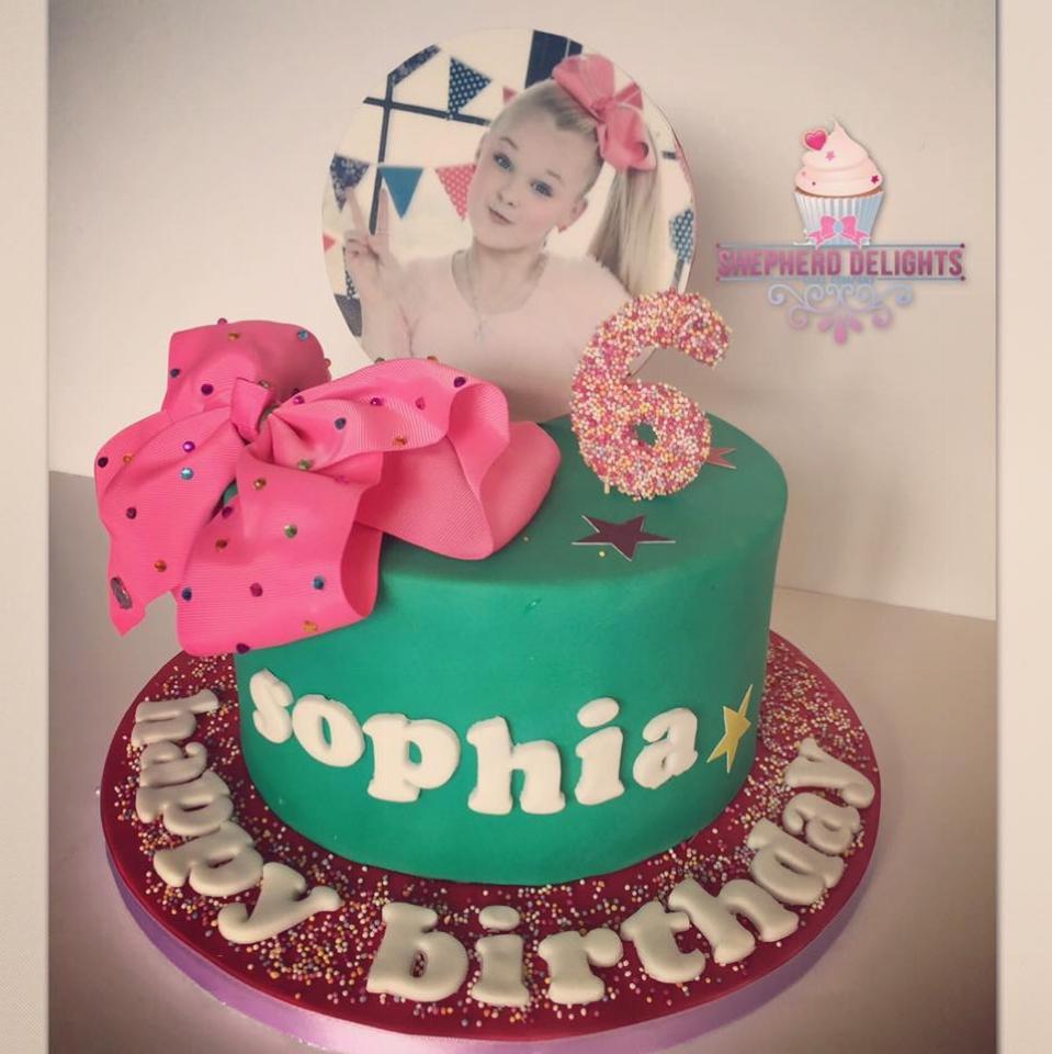 Jojo Bowbirthday Cake Birthday Cakes Cakes For Children