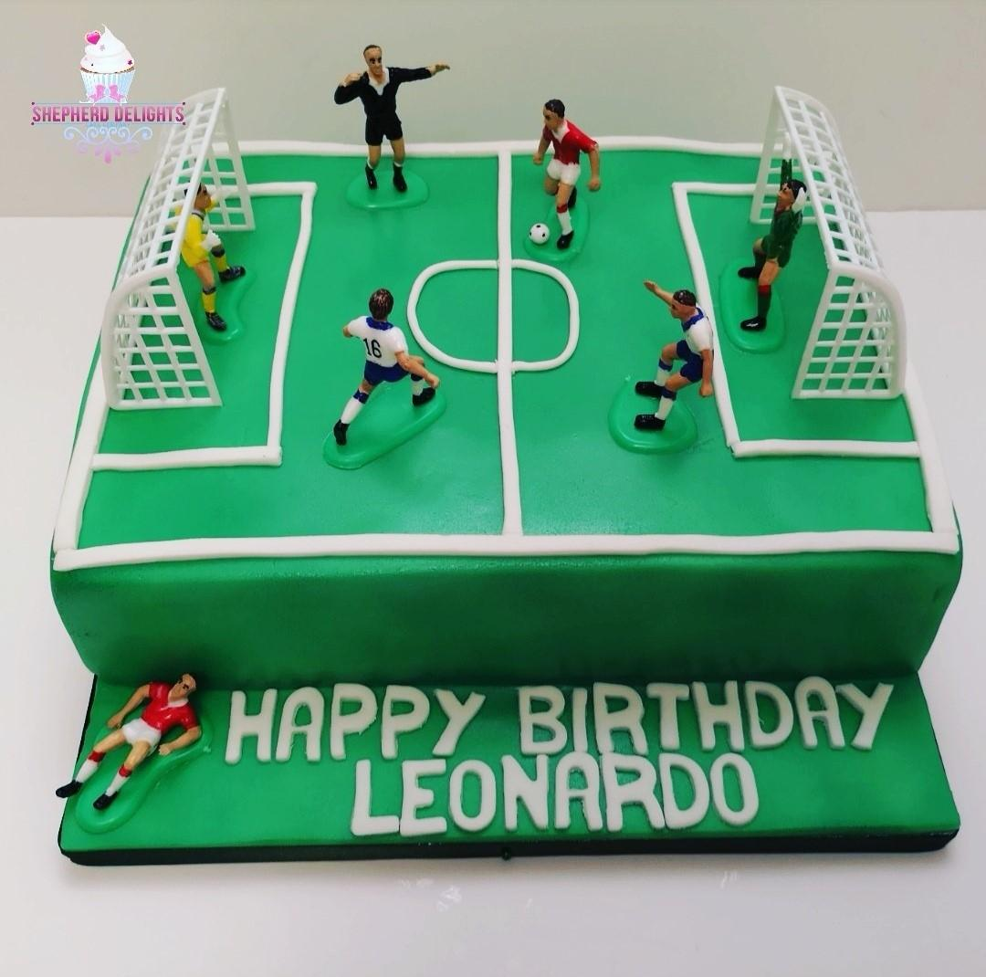 Football Pitch Birthday Cake Birthday Cakes