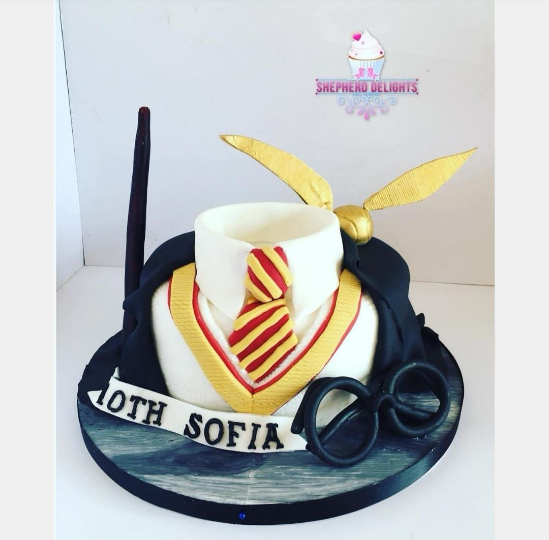 Admirable Harry Potter Birthday Cake Birthday Cakes Cakes For Teens Adults Personalised Birthday Cards Paralily Jamesorg