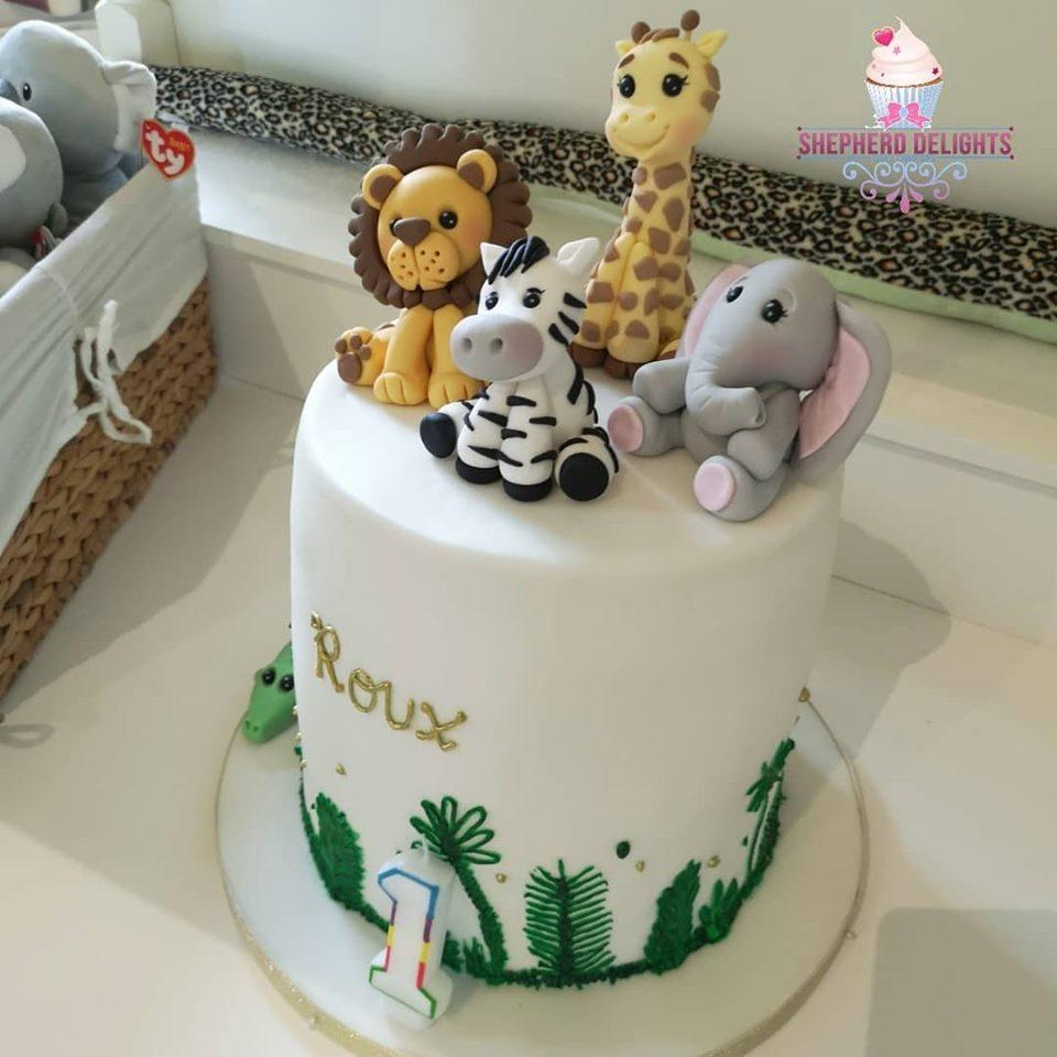 Remarkable Jungle Themed Birthday Cake Birthday Cakes Personalised Birthday Cards Cominlily Jamesorg