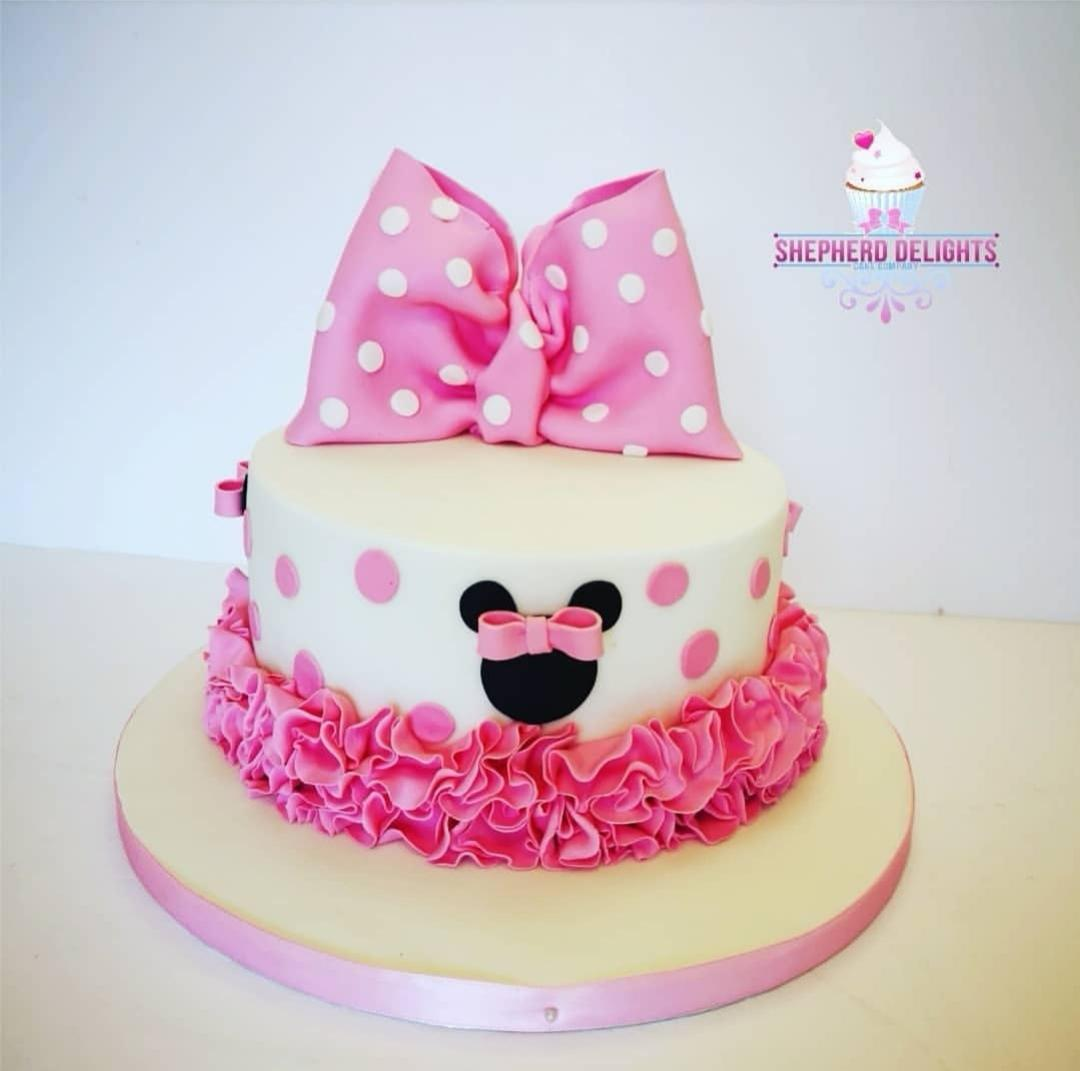 Sensational Minnie Mouse Birthday Cake Birthday Cakes Personalised Birthday Cards Rectzonderlifede